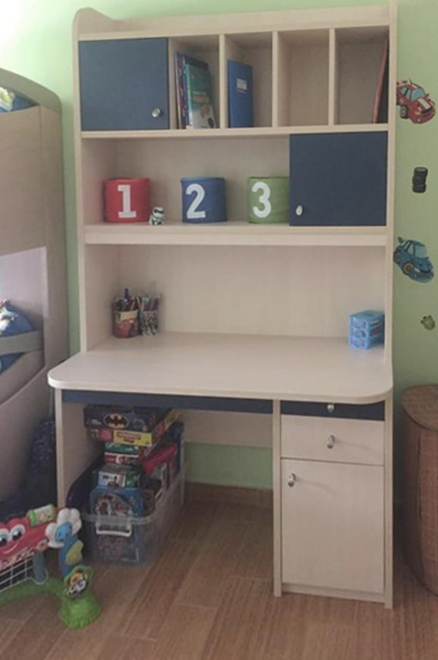 παιδικό γραφείο