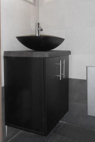 έπιπλο μπάνιου χωρίς πόδια μαύρο