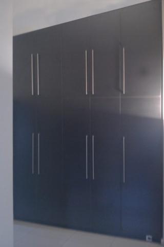 πεντάφυλλη ανοιγόμενη ντουλάπα μελαμίνης σκούρο μπλέ