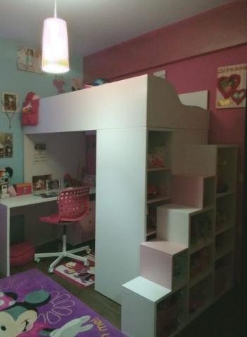 παιδικό υπερυψωμένο κρεβάτι με γραφείο και βιβλιοθήκη