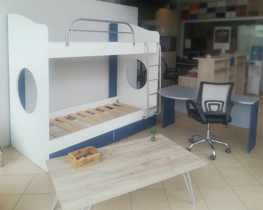 διώροφο παιδικό κρεβάτι μπλέ λευκό με ενσωματωμένη σκάλα