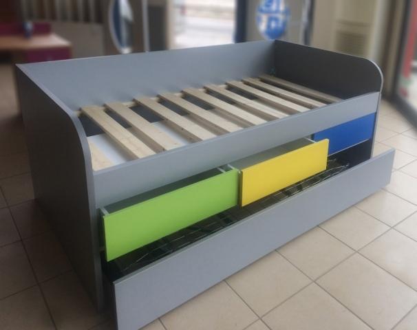 παιδικό κρεβάτι με συρτάρια και έξτρα αποσυνδεόμενο κρεβάτι
