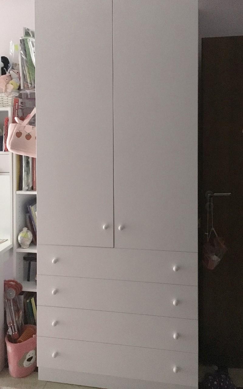 δίφυλλη ανοιγόμενη ντουλάπα μελαμίνης με συρτάρια
