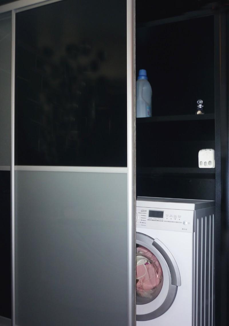 ντουλάπα συρόμενη για έπιπλο μπάνιου με αποθηκευτικό χώρο για πλυντήριο
