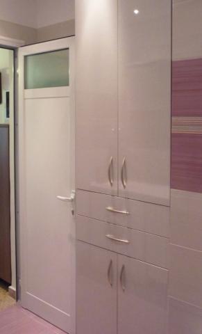 ντουλάπα μπάνιου
