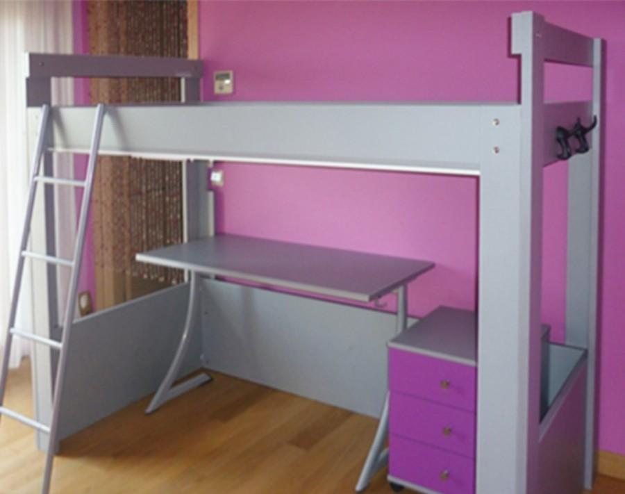 υπερυψωμένο κρεβάτι με κομοδίνο και γραφείο