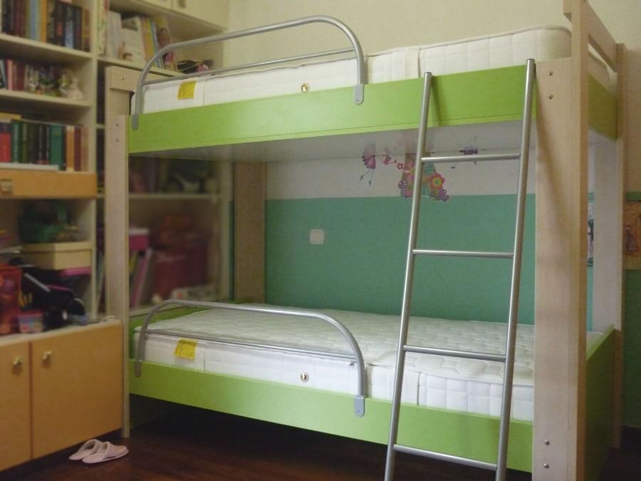 διώροφο παιδικό κρεβατάκι κουκέτα πράσινο λαχανί