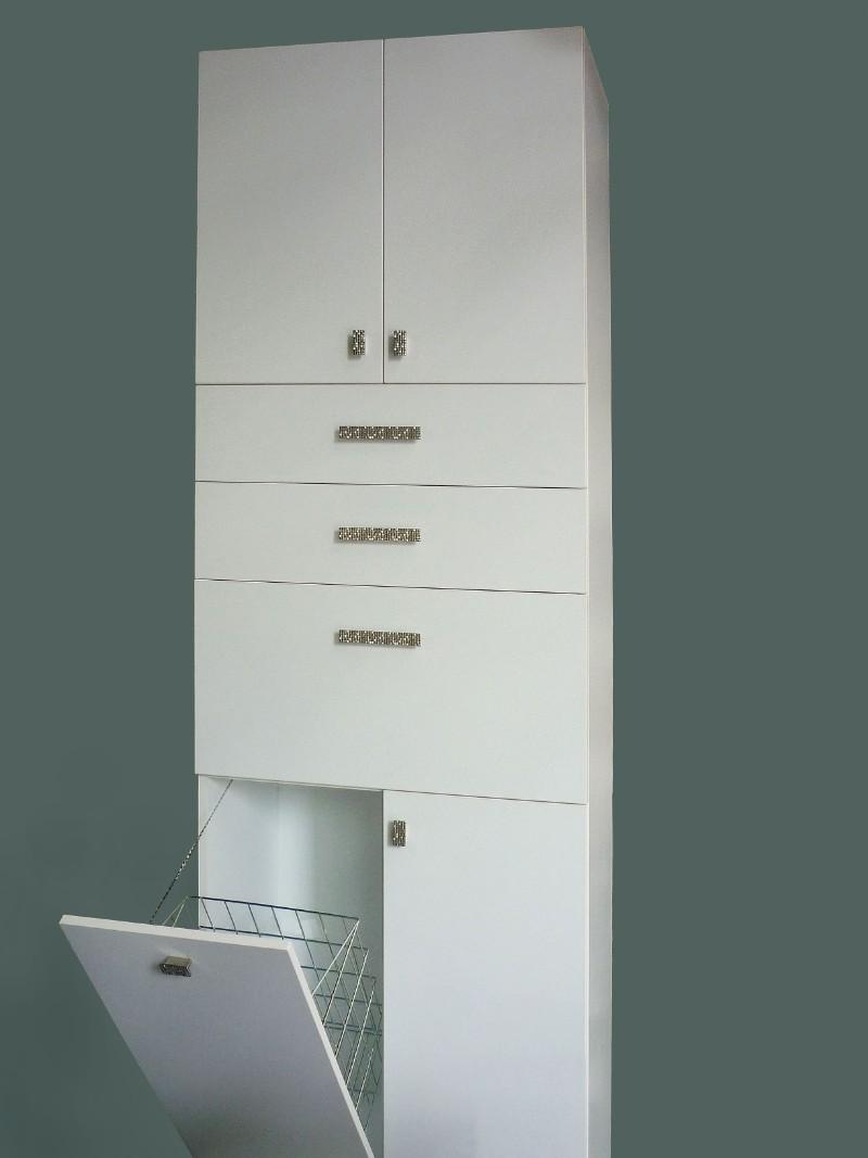 έπιπλο μπάνιου με αναδιπλούμενα ντουλάπια