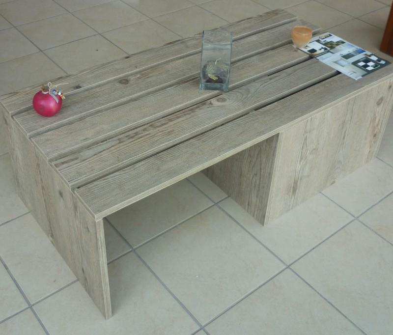 τραπέζι σαλονιού μελαμίνης σε σχέδιο παλέτας