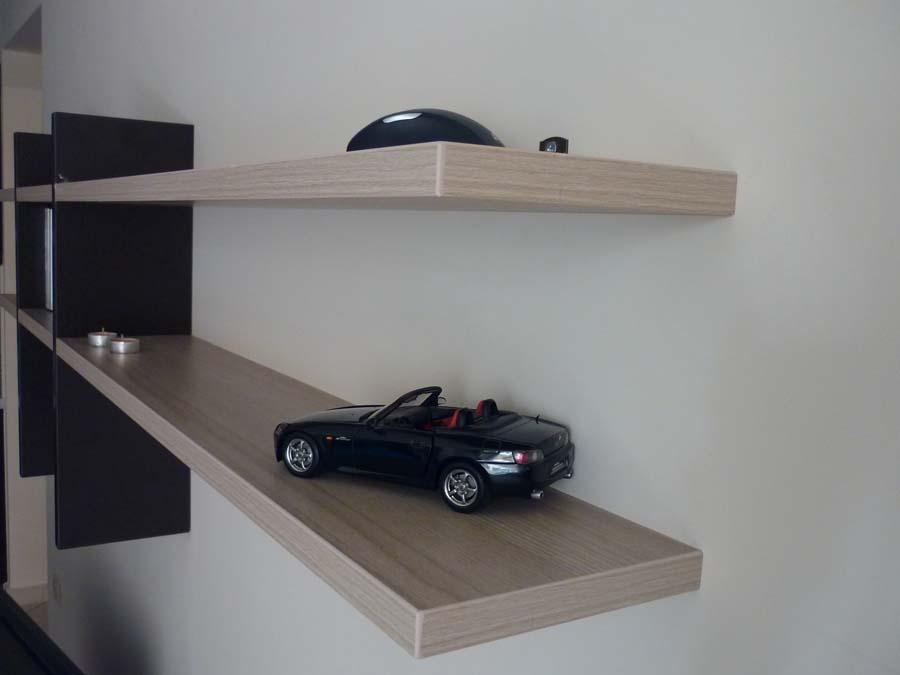 διακοσμητική ξύλινη ραφιέρα