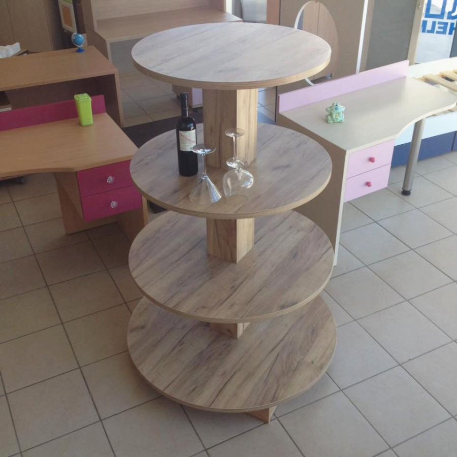 ξύλινο διακοσμητικό στάντ με κυκλικά ράφια