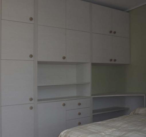 γραφείο ξύλινο μελαμίνης με ντουλάπια